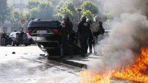 taxi driver strikes 2015