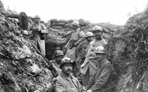 french soliders trench