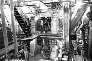 Engine room, Liberty Ship John W Brown 2012_284_4718-1024x677
