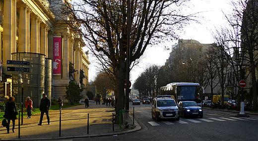 P1220077_Paris_VIII_avenue_F_Roosevelt_rwk